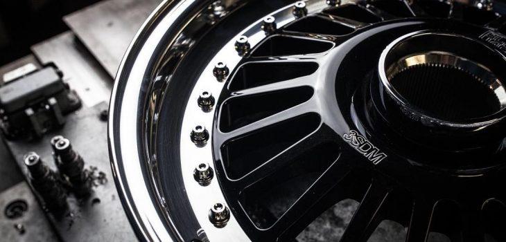 Custom built Series 1 Jaguar e-type wheels ____________________________________